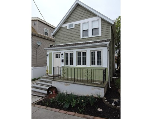 39 Ash Avenue, Somerville, MA