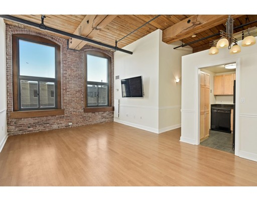 Photo of 320 West Second Boston MA 02127