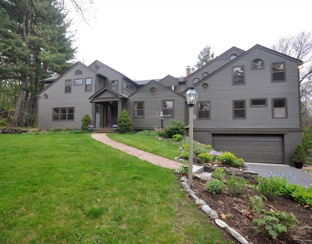 384 Strawberry Hill Road Concord Ma Real Estate Listing Mls 72157607