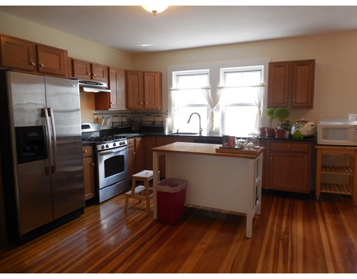 18 Clay Street, Cambridge, MA 02140
