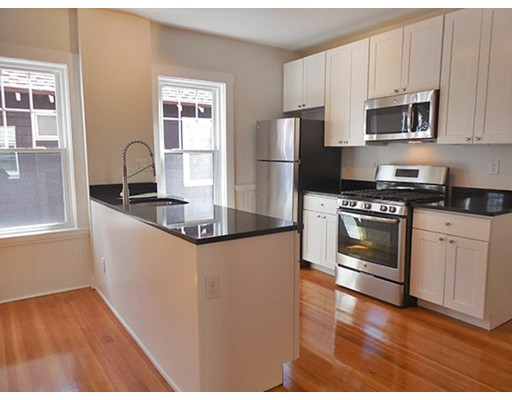 37 Magoun St, Cambridge, MA 02140