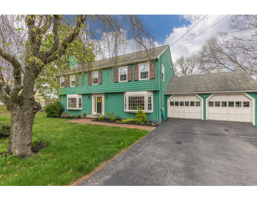 89 Thornberry Road, Winchester, MA