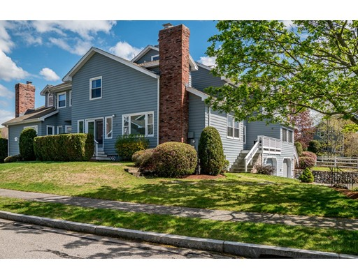 13 Carnation Cir, Reading, MA 01867
