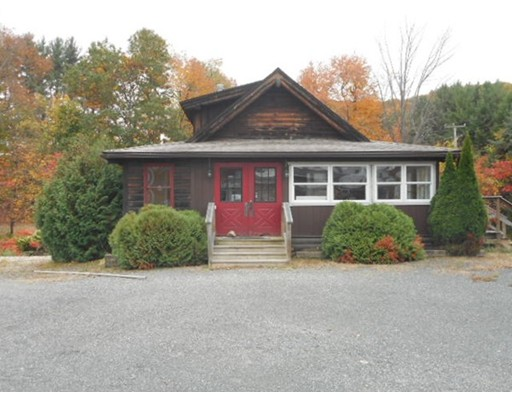 45 Blandford Stage Road, Russell, MA 01071