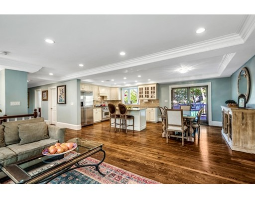12 Hinds Road, Winchester, MA