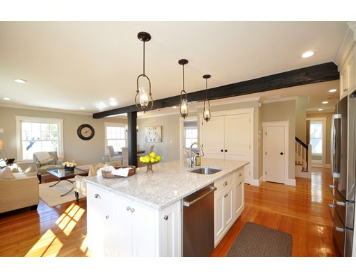 15 Fletcher Road, Bedford, MA 01730