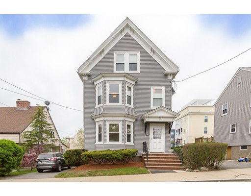 11 Cheever St, Revere, MA 02151