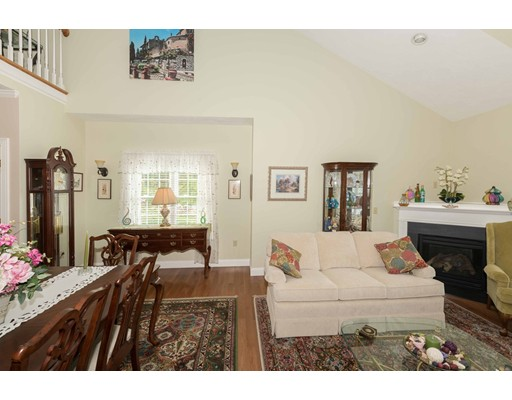 10 Greatwoods Lane, Rockland, MA 02370