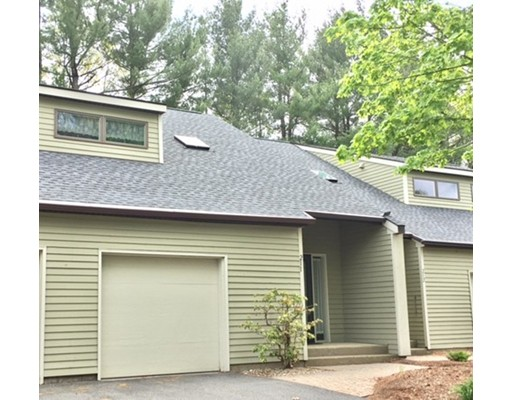 211 Fairway Village, Northampton, MA 01053