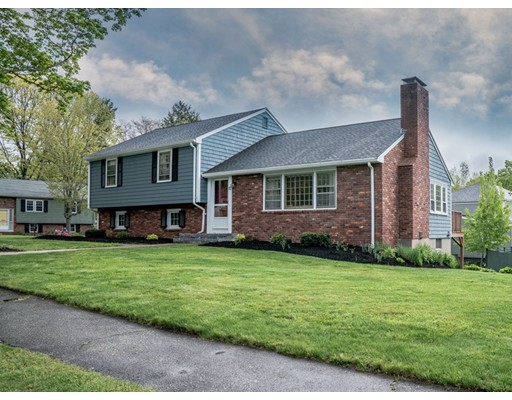 57 Ash Hill Rd, Reading, MA