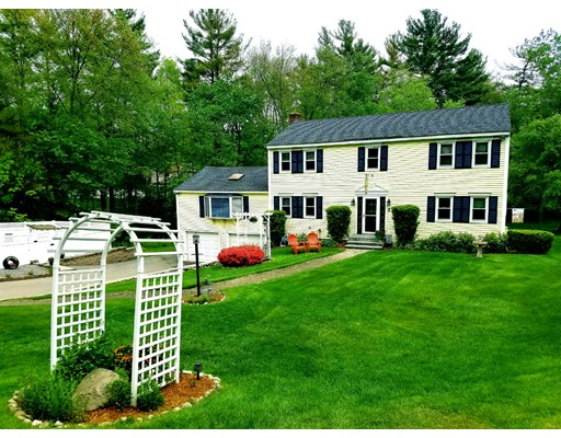 2 Overlook Circle, Westford, MA
