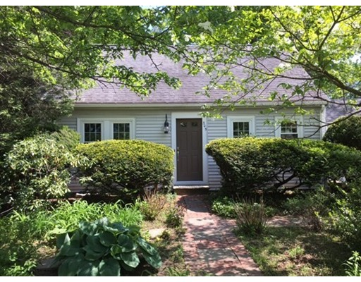 305 Linden, Wellesley, MA