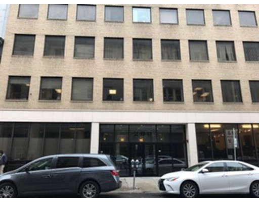 200 Lincoln Street, Boston, MA 02111