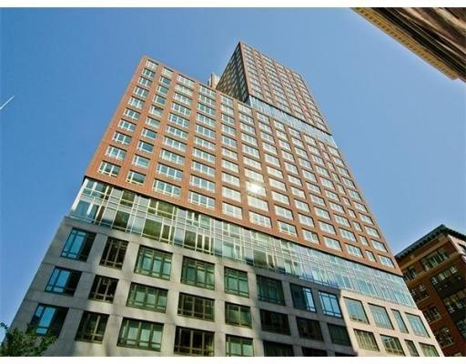 Condominium/Co-Op for sale in Clarendon Residence, 17B Back Bay, Boston, Suffolk