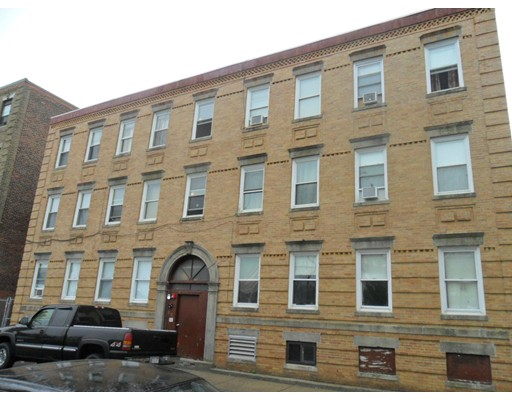 52 Peabody Street, Salem, MA 01970