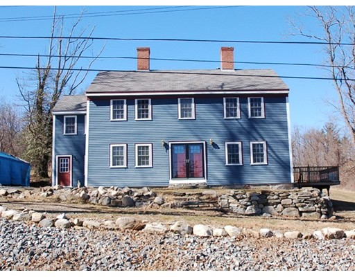 231 South Row Road, Townsend, MA