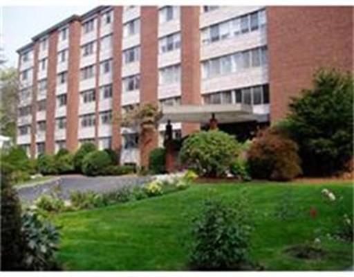 22 Chestnut Place, Brookline, Ma 02445