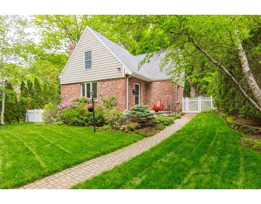 25 Chesterford Road, Winchester, MA