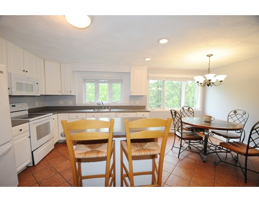 32 Bay View Avenue, Plymouth, MA