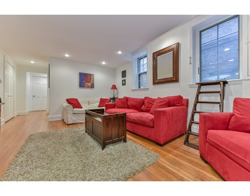 13 Pinckney, Boston, MA 02114