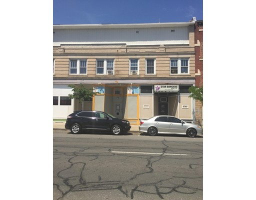 671 High Street, Holyoke, MA 01040