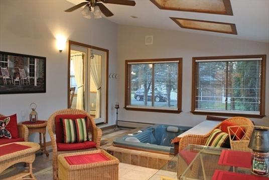 714 Colrain Rd, Greenfield, MA: $350,000