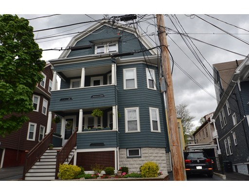 7 Russell Rd, Somerville, MA 02144