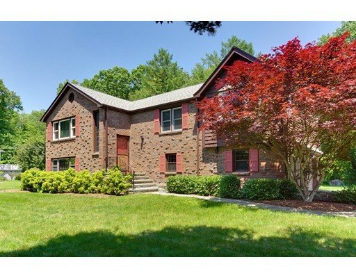 31 Partridge Road, Medfield, MA