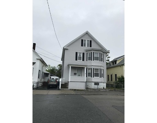 17 Social Street, New Bedford, MA 02744