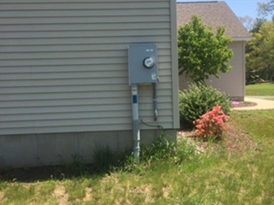 10 Gunn Rd, Montague, MA: $336,000