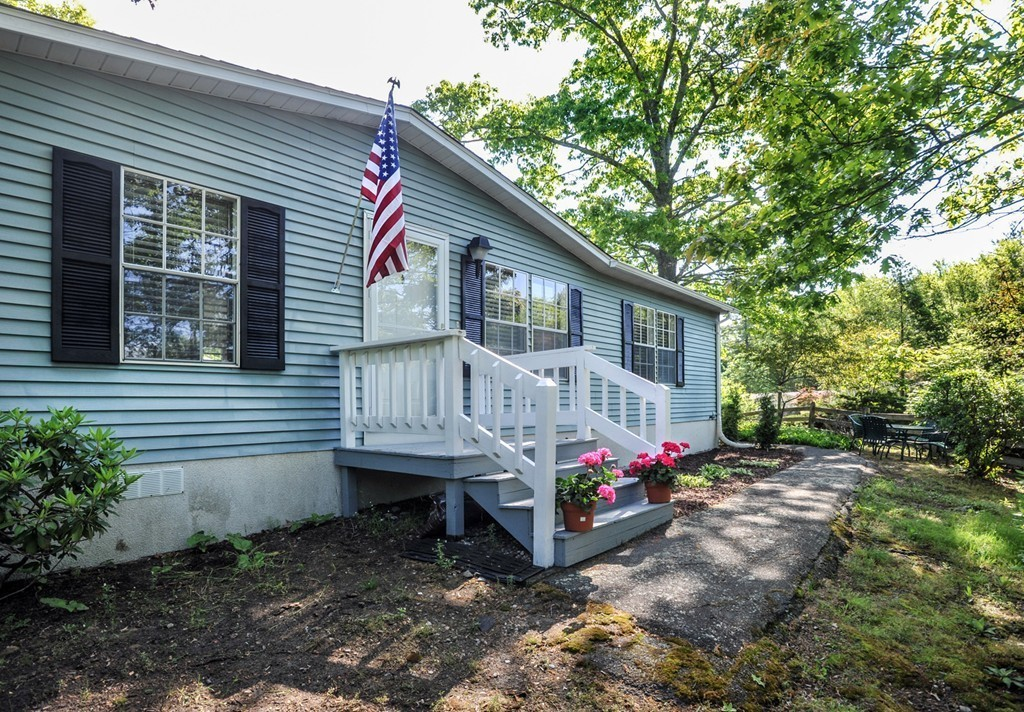 31 Aspen Circle, Rockland, MA 02370 | Jack Conway on