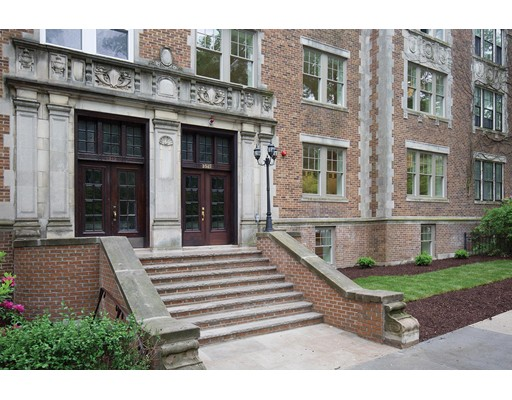 1517 Beacon Street, Unit 3, Brookline, MA 02446