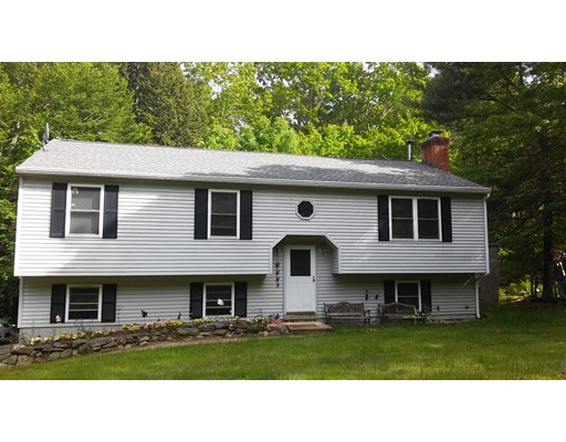 10 New Westminster Road, Hubbardston, MA
