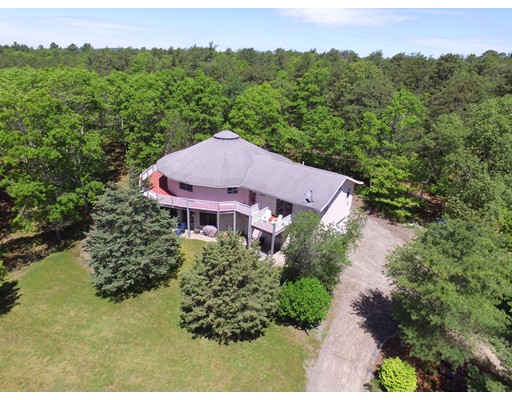 1253 R State Road, Plymouth, MA