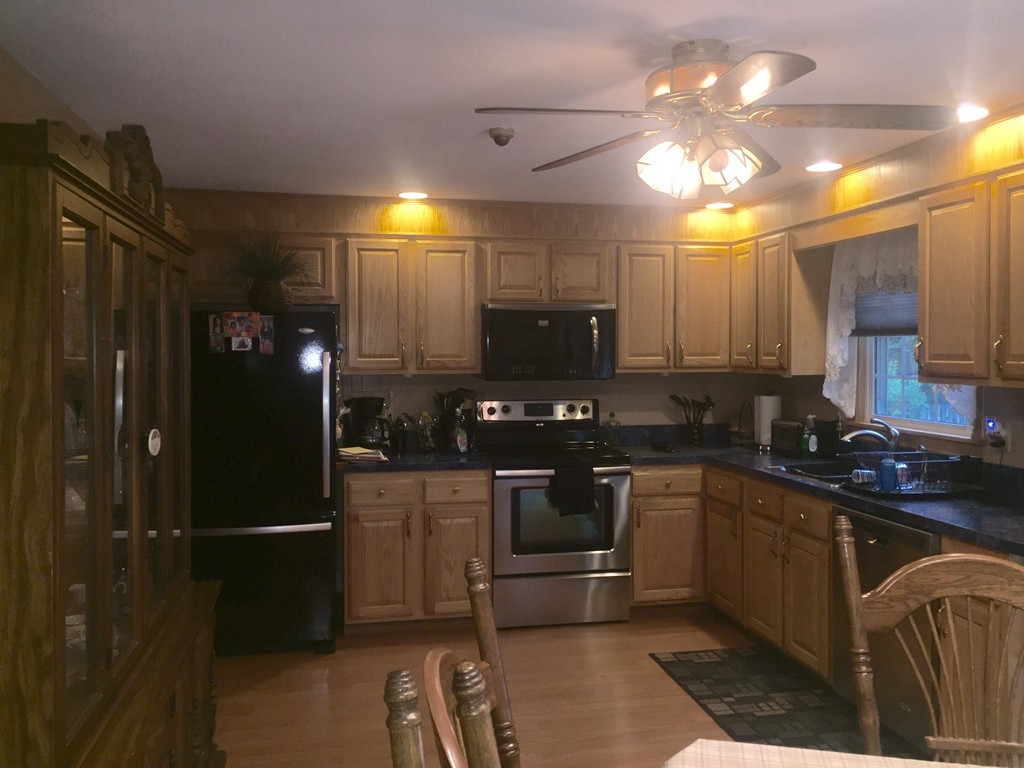 36 Roxanne Sq, North Attleboro, MA, 02760 | Jack Conway