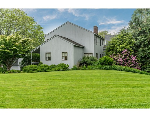 8 Knowlton Dr, Acton, MA