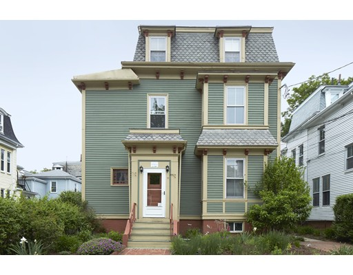 11 Pleasant Ave, Somerville, MA 02143