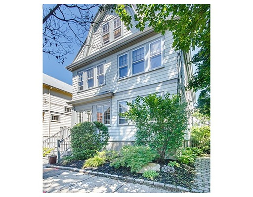 26 Richard Avenue, Cambridge, MA 02140
