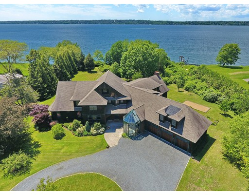 85 Sunset View Drive, Tiverton, RI
