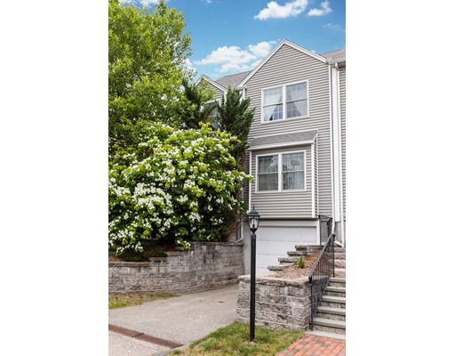 7 Edgemoor Circle, Wellesley, MA 02482