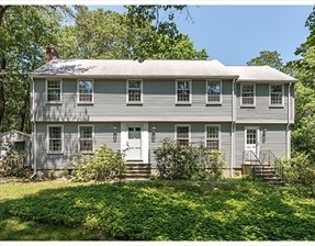 8 Hilltop Rd, Dover, MA 02030