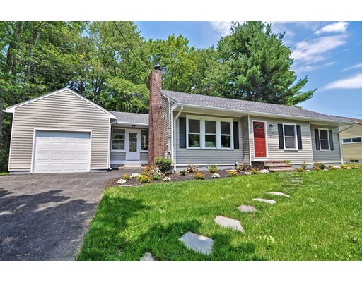 14 Lucerne Drive, Andover, MA