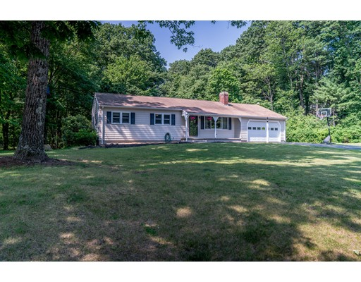 14 Prancing Rd, Chelmsford, MA