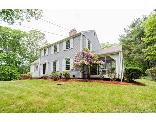 142 River Road, Carlisle, MA