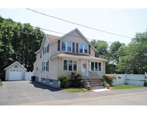 17 Peterson Road, Quincy, MA