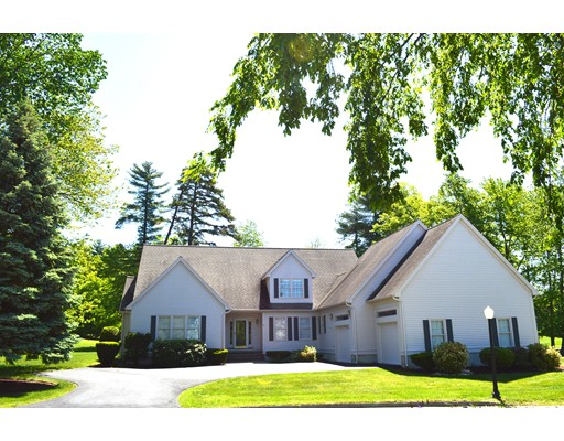 Photo of 10 Gilboa Lane Nashua NH 03062