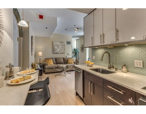 4 Charlesgate East, Boston, MA 02215