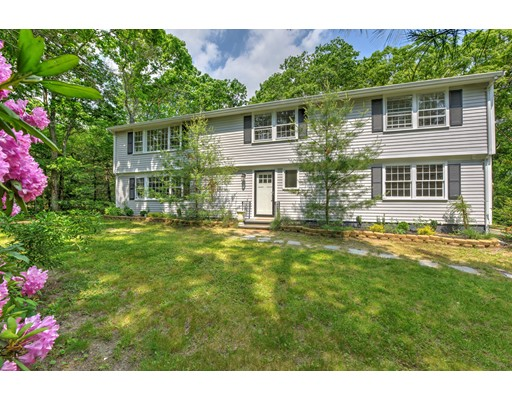 16 Thatcher Road, Plymouth, MA