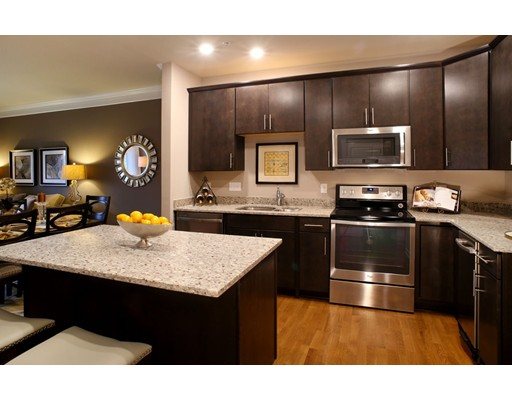 459 River Rd (unit 1405), Andover, MA 01810