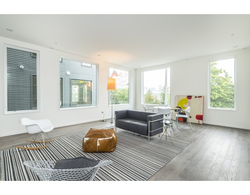 515 East First, Unit 3, Boston, MA 02127